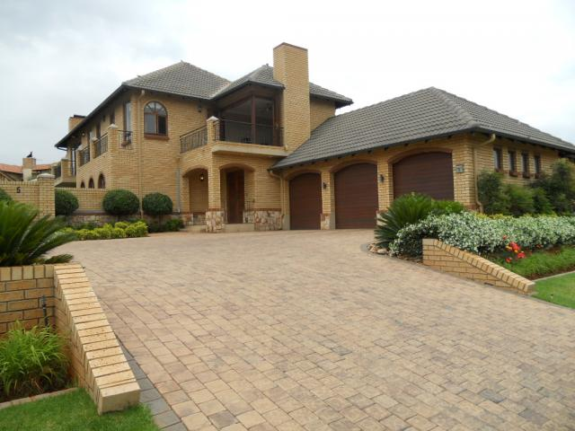4 Bedroom House For Sale And To Rent For Sale In Centurion