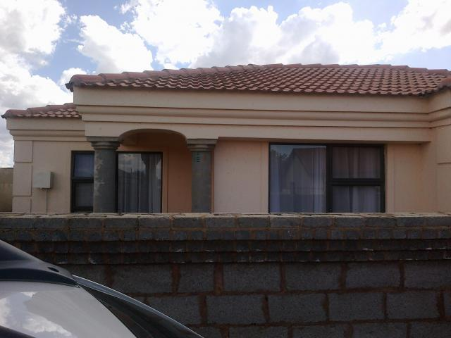 3 Bedroom Cluster For Sale For Sale In Siluma View Home