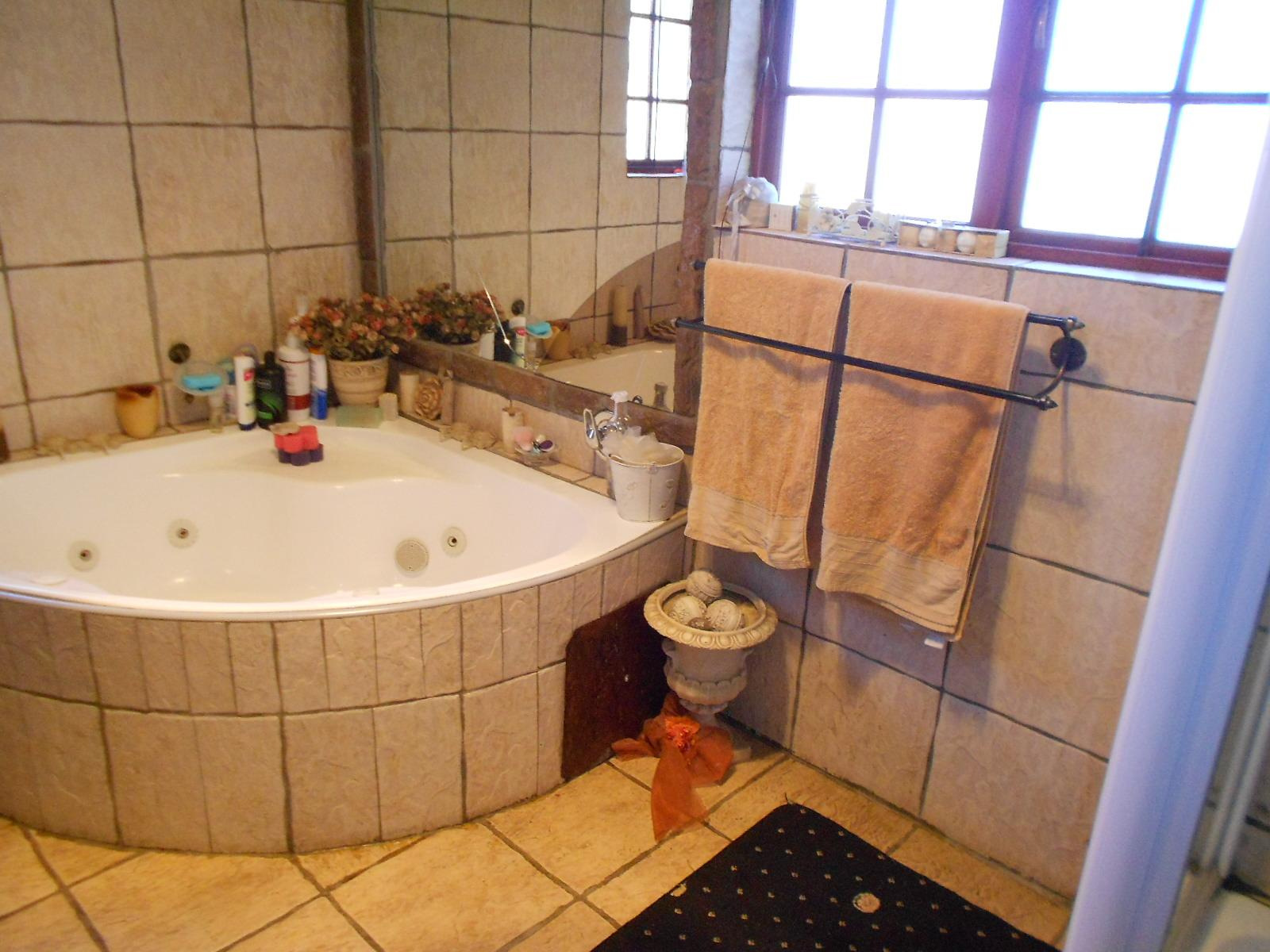 3 bedroom house for sale for sale in brakpan home sell for Bathroom designs gauteng