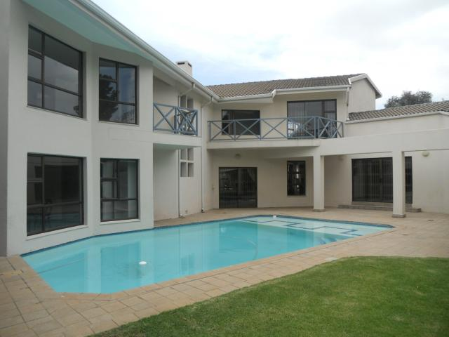 4 Bedroom House for Sale For Sale in Bedfordview - Home