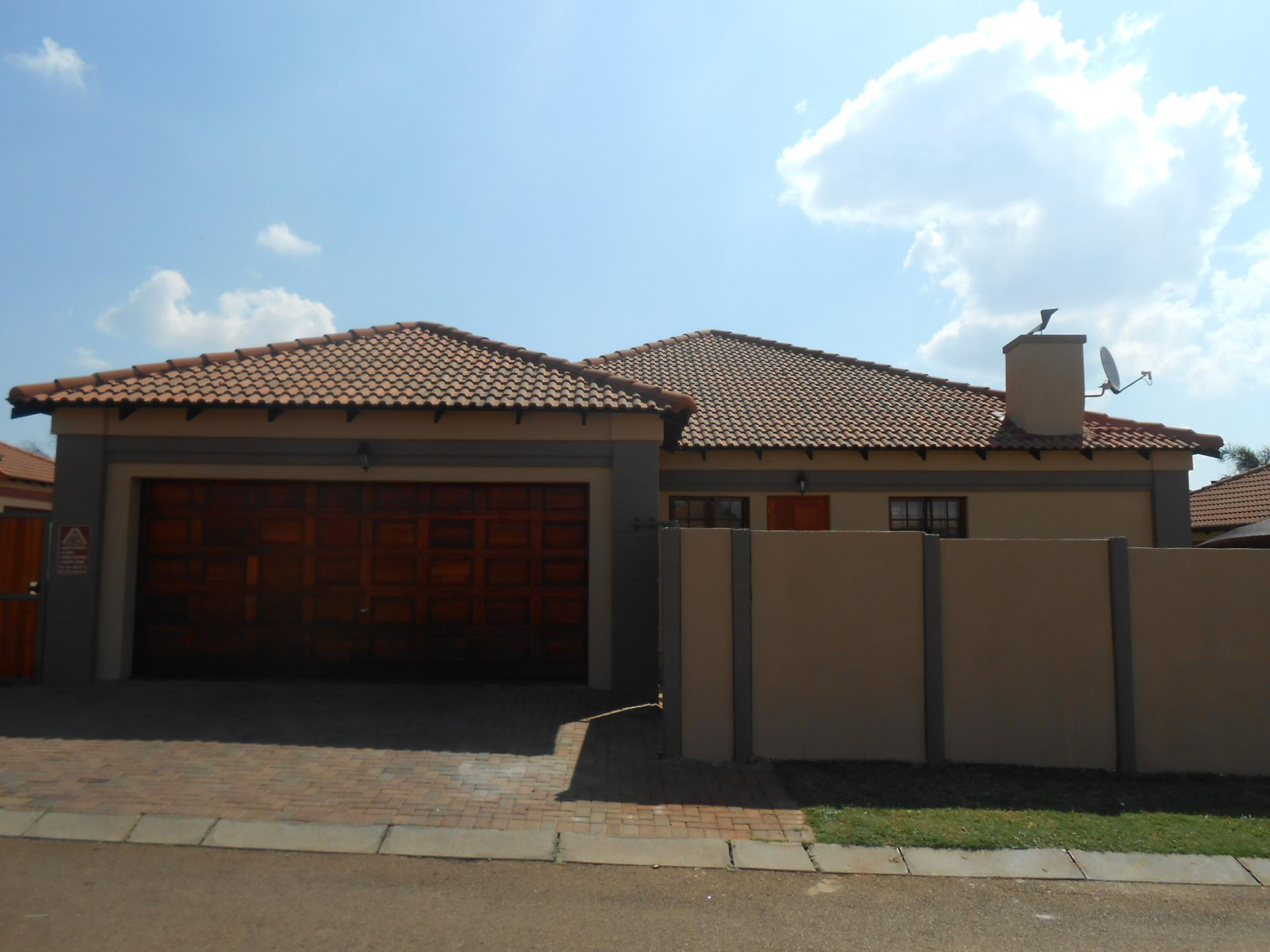 3 Bedroom House For Sale For Sale In Pretoria North