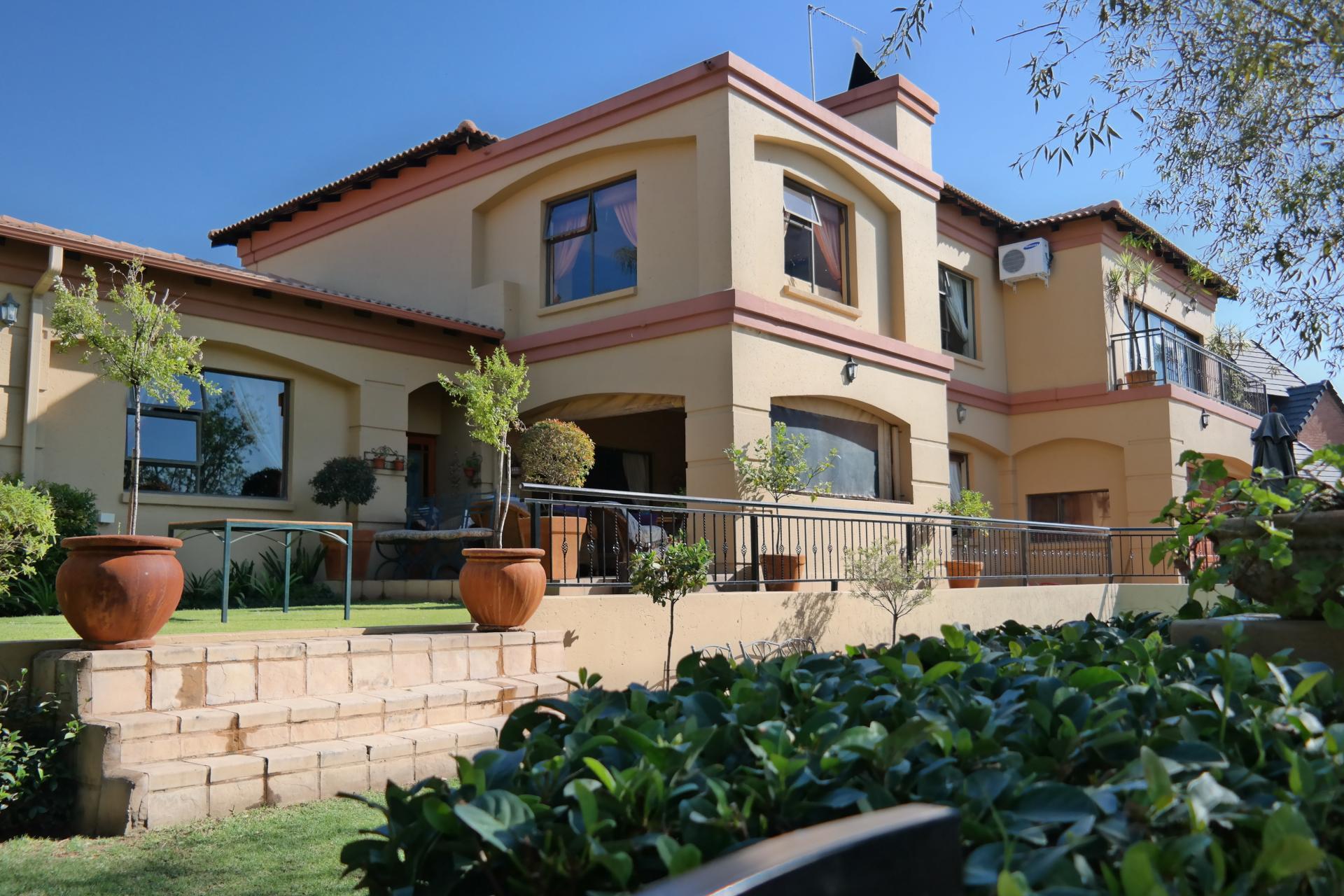 MR111563 4 Bedroom 2 Bathroom In Woodhill Estate Pretoria East Gauteng on 4 Bedroom 3 Bath Floor Plans