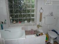 Bathroom 2 - 9 square meters of property in Wonderboom