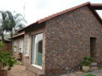 3 Bedroom 2 Bathroom Duet for Sale for sale in Amberfield
