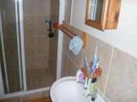Main Bathroom - 3 square meters of property in Table View