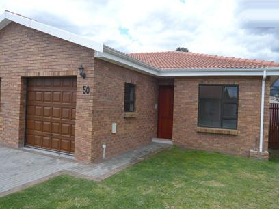 3 Bedroom Simplex for Sale For Sale in Somerset West - Home Sell - MR00288