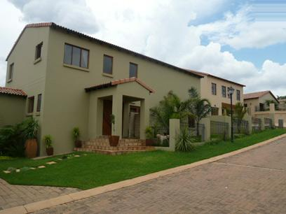 4 Bedroom House for Sale For Sale in Waterkloof - Home Sell - MR00328