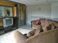 Lounges - 14 square meters of property in Boksburg
