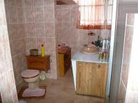 Bathroom 1 - 8 square meters of property in Waverley