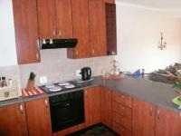 Kitchen - 12 square meters of property in Sinoville