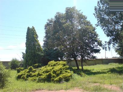 Land For Sale in Clubview - Private Sale - MR01192