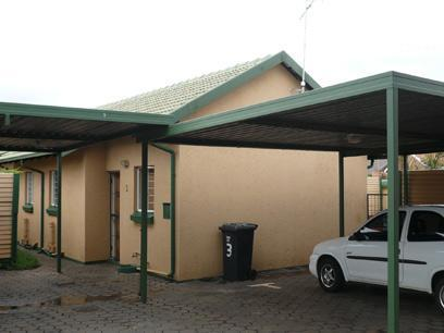 1 Bedroom Simplex For Sale in Rooihuiskraal - Private Sale - MR01194