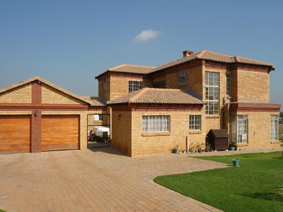 3 Bedroom House for Sale For Sale in Rietvallei - Private Sale - MR01224