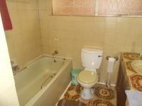 Main Bathroom - 6 square meters of property in Waterkloof Heights