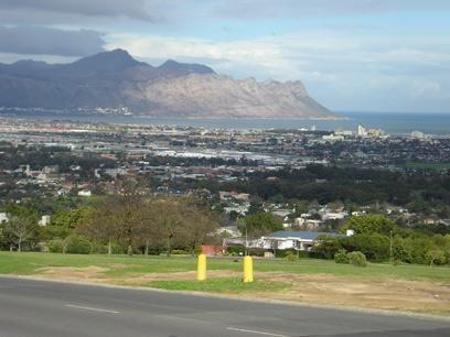 Land for Sale For Sale in Somerset West - Private Sale - MR01311