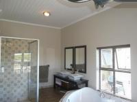 Main Bathroom - 6 square meters of property in Durbanville