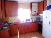 Kitchen - 9 square meters of property in Olievenhoutbos