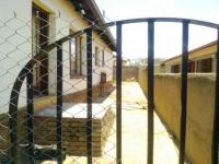 Spaces - 4 square meters of property in Olievenhoutbos