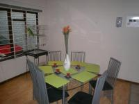Dining Room - 12 square meters of property in Strand