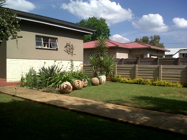 3 Bedroom House For Sale in Rietfontein - Private Sale - MR02180