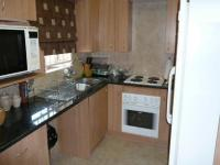 Kitchen - 10 square meters of property in Wierdapark