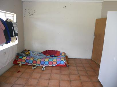 Bed Room 1 - 17 square meters of property in Brakpan