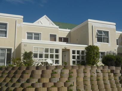 3 Bedroom Cluster For Sale in Hout Bay   - Home Sell - MR022028