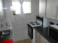 Kitchen of property in Weavind Park