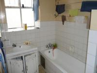 Bathroom 1 - 10 square meters of property in Pretoria Central