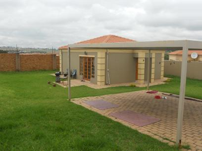 Standard Bank Repossessed 2 Bedroom House for Sale For Sale in Diepsloot - MR022149