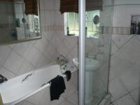 Bathroom 1 - 1 square meters of property in Die Wilgers