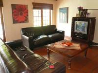 Lounges - 46 square meters of property in Menlo Park