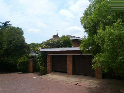4 Bedroom House For Sale in Waterkloof Glen - Home Sell - MR022216