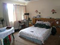 Main Bedroom - 24 square meters of property in Waterkloof Glen