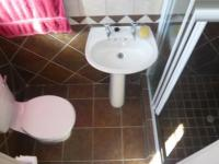 Main Bathroom - 2 square meters of property in Kuils River