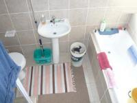 Main Bathroom - 7 square meters of property in Protea Hoogte