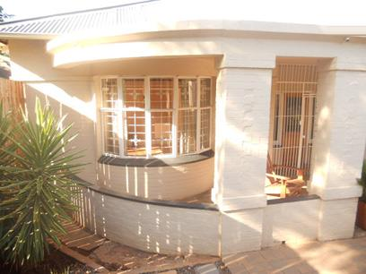 Standard Bank EasySell 3 Bedroom House for Sale For Sale in Florida - MR022318