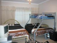 Bed Room 1 - 7 square meters of property in Midrand