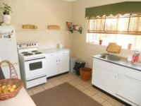 Kitchen - 15 square meters of property in Windsor
