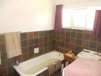 Bathroom 2 - 6 square meters of property in Windsor