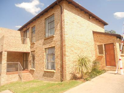 Standard Bank Repossessed 2 Bedroom Apartment For Sale in Roodepoort - MR022692