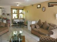 Lounges - 9 square meters of property in Little Falls