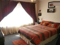 Main Bedroom - 9 square meters of property in Little Falls