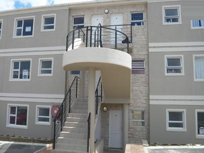 2 Bedroom Apartment For Sale in Somerset West - Private Sale - MR02283