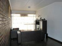 Lounges - 14 square meters of property in Germiston