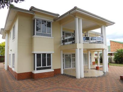 Standard Bank Repossessed 4 Bedroom House For Sale in Mount Edgecombe  - MR022920