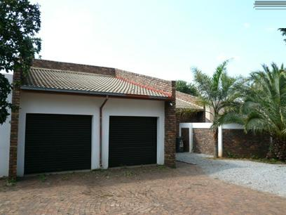 2 Bedroom House for Sale For Sale in Rooihuiskraal - Home Sell - MR02297