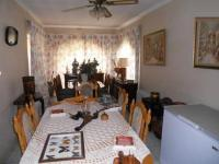 Dining Room - 28 square meters of property in Alberton