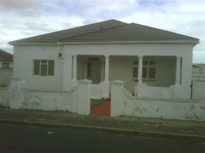 House For Sale in Parow Central - Private Sale - MR023194