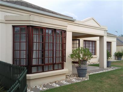 3 Bedroom Cluster To Rent in Sunninghill - Private Rental - MR023303